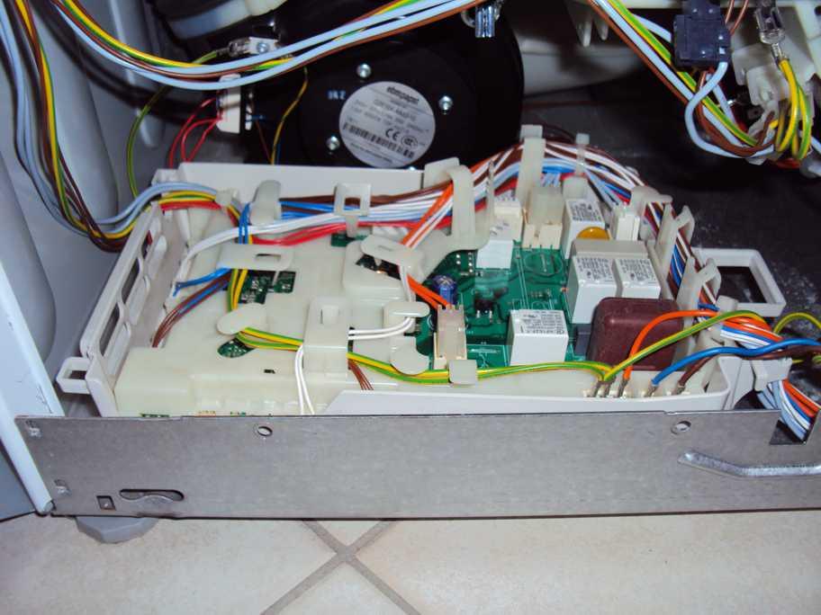 Waschtrockner Siemens IQ700 WD14H540 Keine Funktion